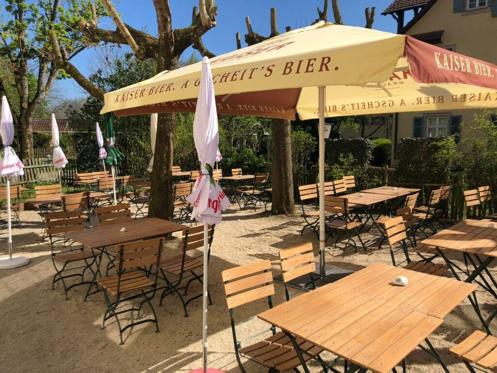 Der Biergarten vom Klosterhof in Adelberg